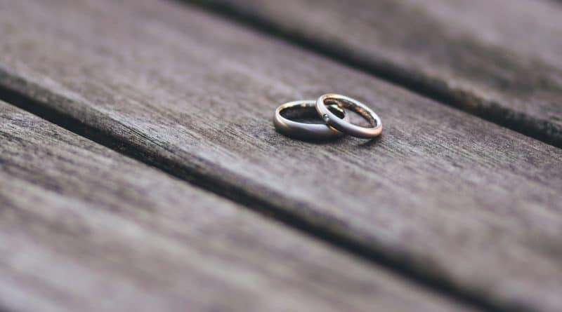 Декларация за разделност или брачен договор. Каква е разликата между 2-те?